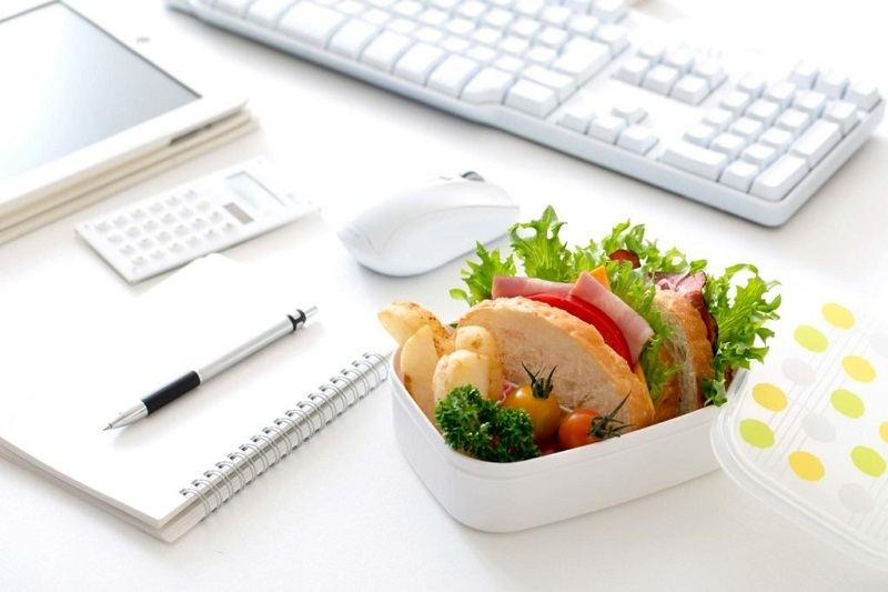 7 Benefits Of Bringing Your Lunch To Work